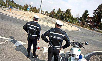 Barricato in casa e salvato, agenti della Polizia Municipale premiati con l'encomio