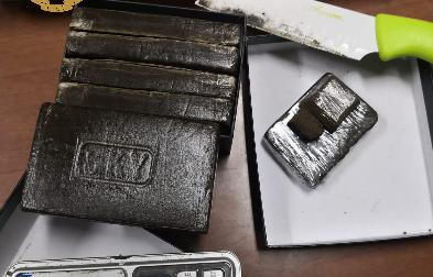 Trovati oltre 2 chili di droga: tre persone arrestate