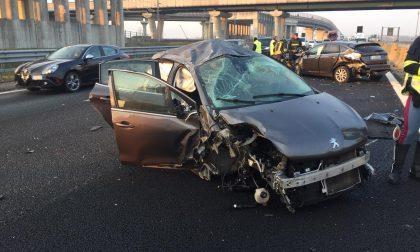 Incidente sull'autostrada A4, feriti in ospedale