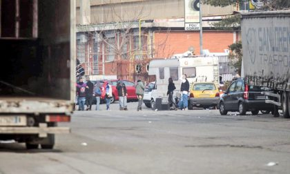 Rave party a Pescarito, in centinaia occupano uno stabile abbandonato