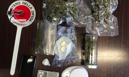 Arrestato rider, oltre al cibo consegnava droga a domicilio