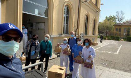 Emergenza Coronavirus: McDonald's regala oltre 1000 pasti all'ospedale Amedeo di Savoia. LE FOTO