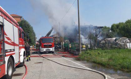 A fuoco casa a Leinì, morta una donna