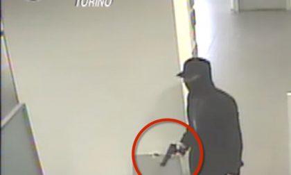 Rapina una banca e scappa sull'auto del padre, arrestato dai carabinieri