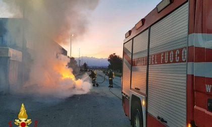 Incendio di un veicolo nel torinese. Nessun ferito