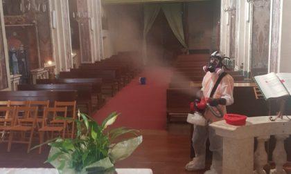 Sanificata la chiesa di Cinzano. LE FOTO