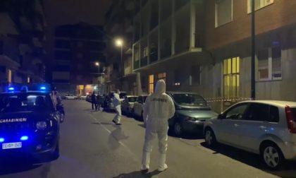 Omicidio a Torino, trentenne uccide i genitori e poi vaga per strada