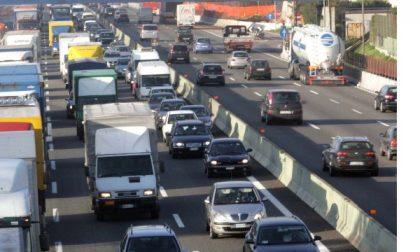 Traffico per il rientro: oggi prevista una giornata da bollino rosso