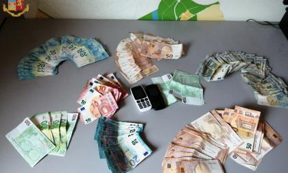 Continui maltrattamenti alla moglie, nascondeva i soldi per non contribuire alle spese familiari: arrestato