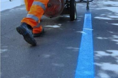 Parcheggi a strisce blu, sosta a pagamento sospesa fino al 28 novembre