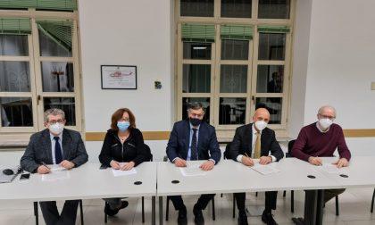 Vaccinazioni  anti Covid, firmato l'accordo con i farmacisti