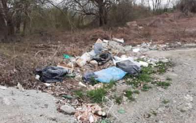 Le discariche abusive continuano a pesare sulle casse comunali: l'anno scorso stanziati 26mila euro, quest'anno previsti già 10mila