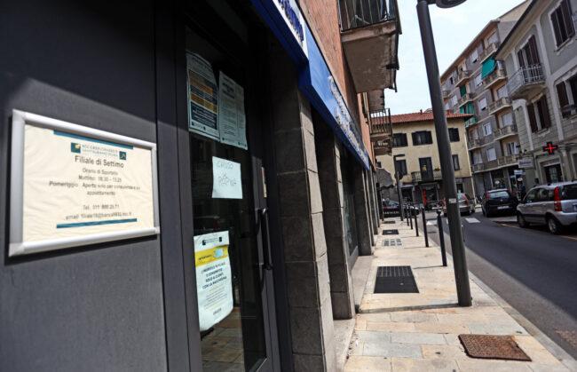 Rapina in banca in pieno centro a Settimo